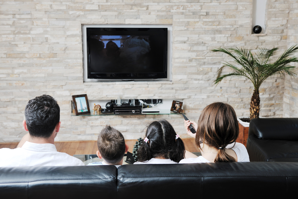 benefits of viewing movies at home Movie theaters need to offer more than just a way of watching the latest films they need to stop competing on convenience and start focusing on experience here's how.